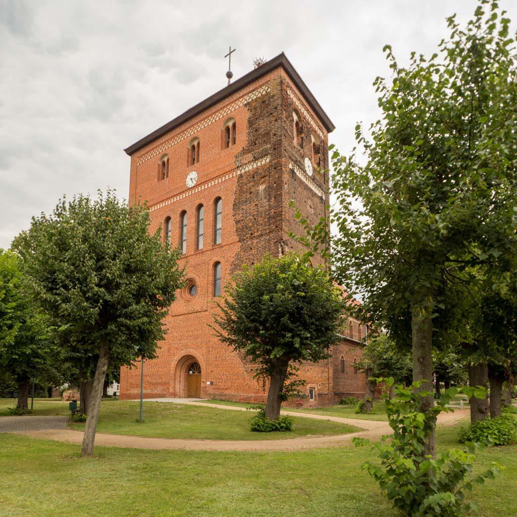 Stadtkirche St. Laurentius und St. Nikolaus Sandau. Westriegel