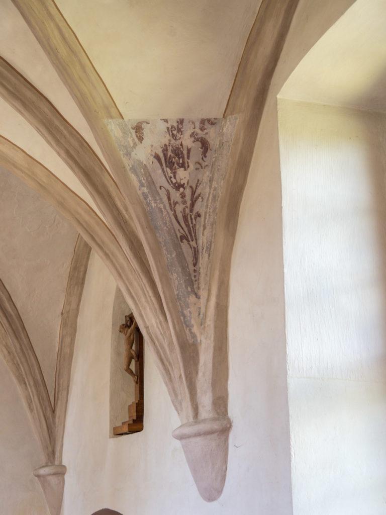 Freigelegte Malereien am Chorgewölbe
