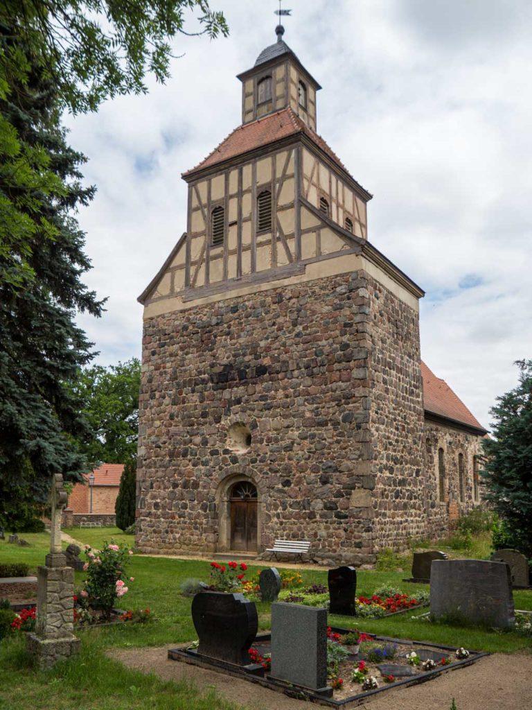 Dorfkirche Wildenbruch. Breiter Westriegel, Aufnahme von Südwest