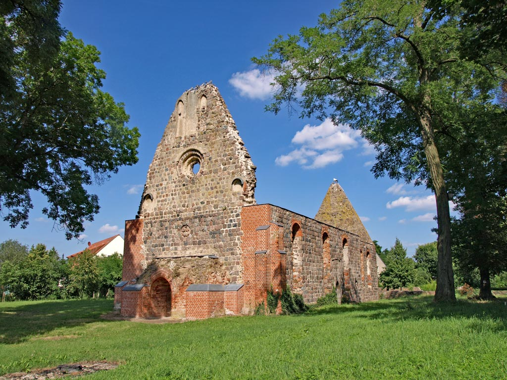 Kirchenruine Dolgelin 2016. Aufnahme von Südwest