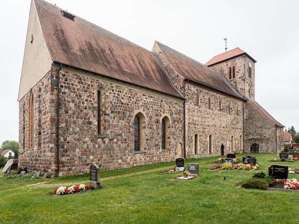 Dorfkirche Falkenhagen. Ansicht von Nordost.