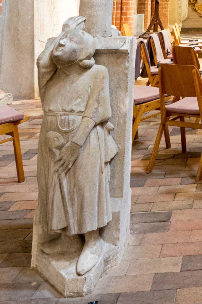 Sandsteinleuchter (1300): Küchenmeister