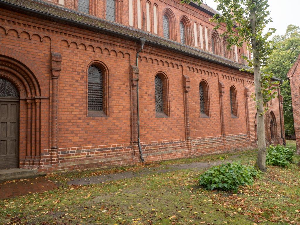 Restauriertes nördliches Seitenschiff