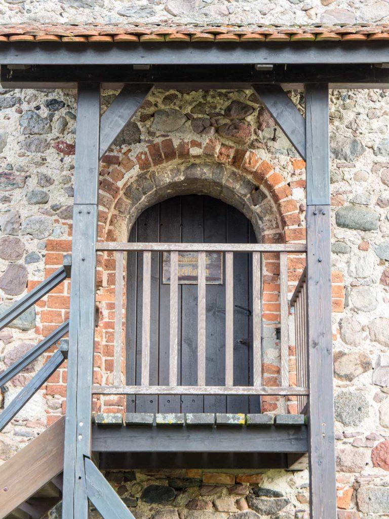Komturei Lietzen Westportal der Scheune im ersten Stock.