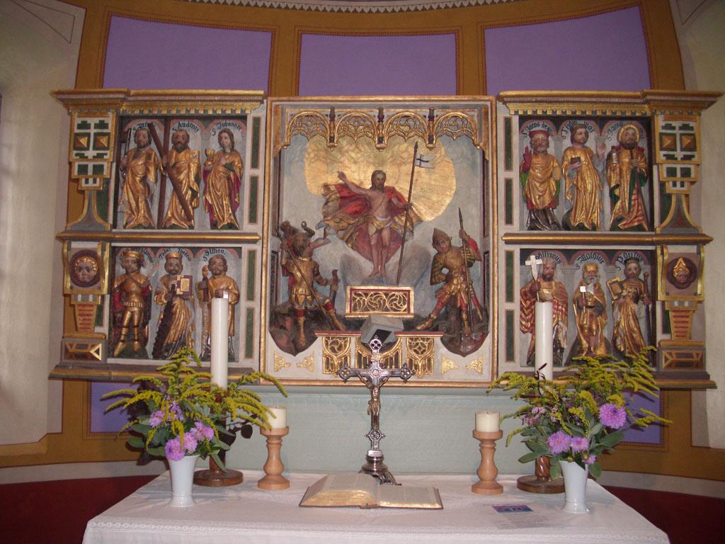 """Dorfkirche Sieversdorf Altar mit """"diversen"""" Aposteln"""