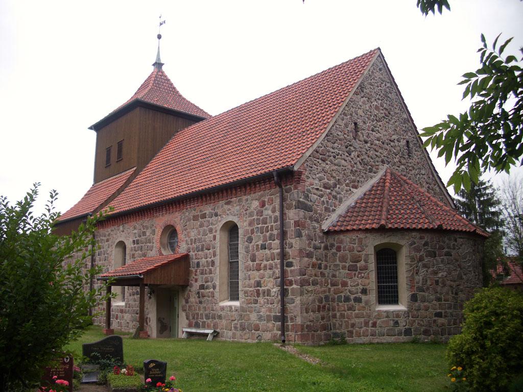 Dorfkirche Sieversdorf Ansicht von Südost