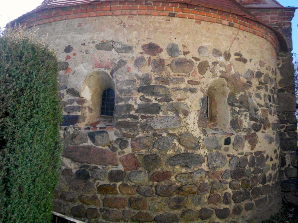 Originale Fenster in der Apsis