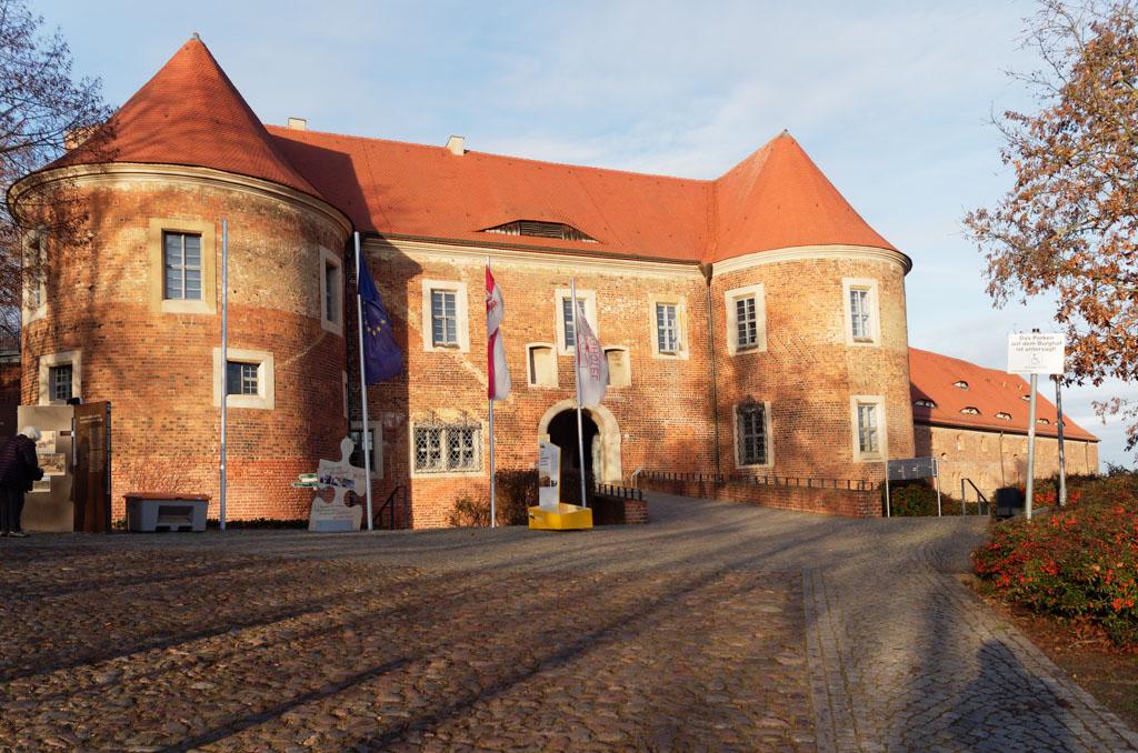 Bad Belzig Festung Eisenhardt, Toranlage und Salzspeicher
